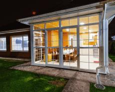 Cómo Cerrar una Terraza Exterior: Soluciones y Permisos.