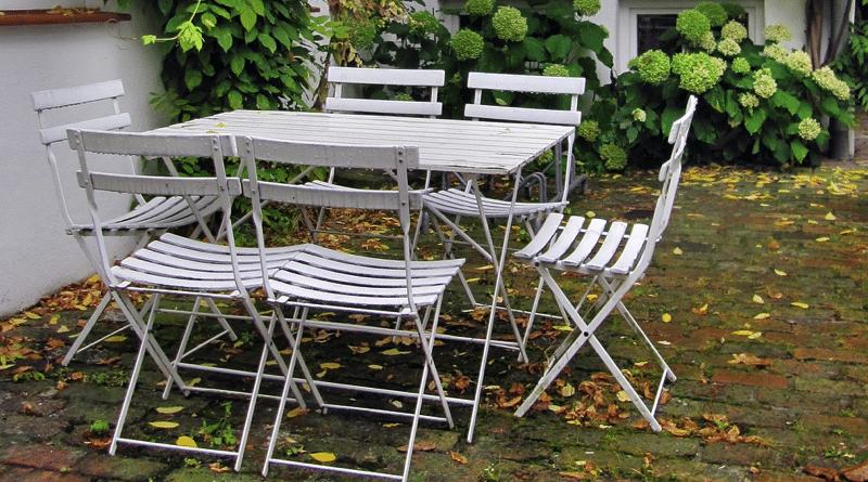 Cómo Decorar un Jardín Rectangular