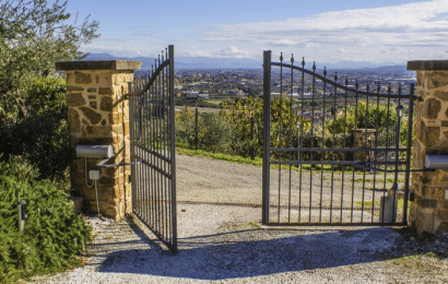 Cómo Hacer una Puerta de Jardín de Bricolaje