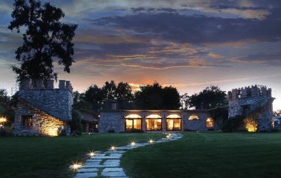 Cómo Iluminar el Jardín de una Villa