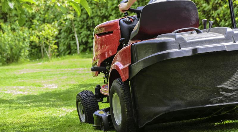 Tractor de Jardín: Cómo Elegirlo